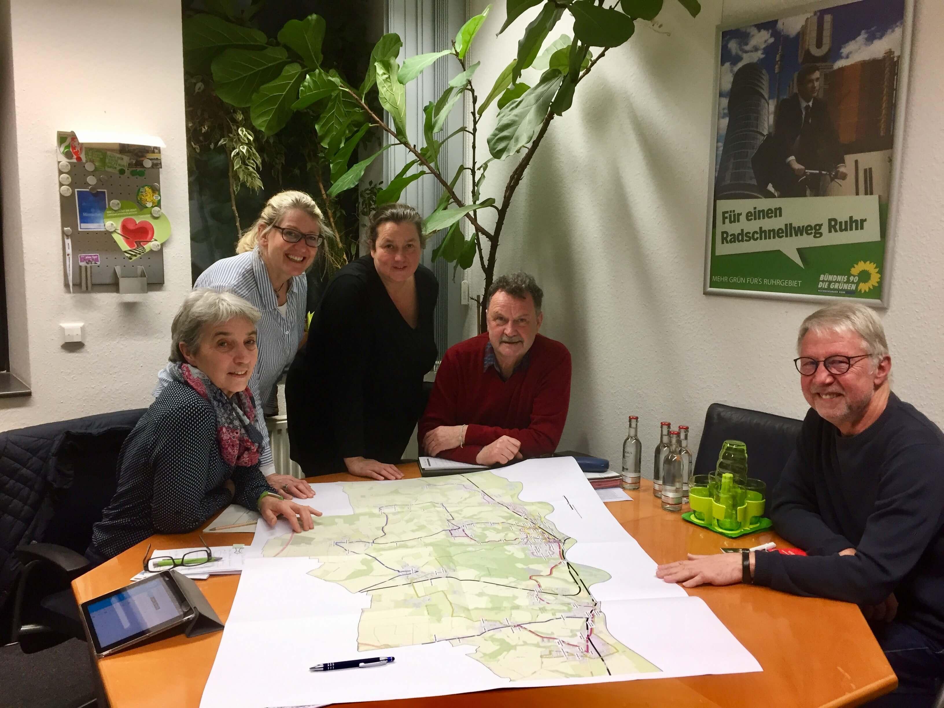 Grüne Kreistagsfraktion: VKU reagiert flexibel auf Unterrichtsende – Westfalenbus träge